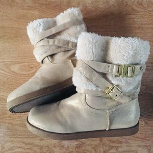G by Guess sparkly winter boots sz 10